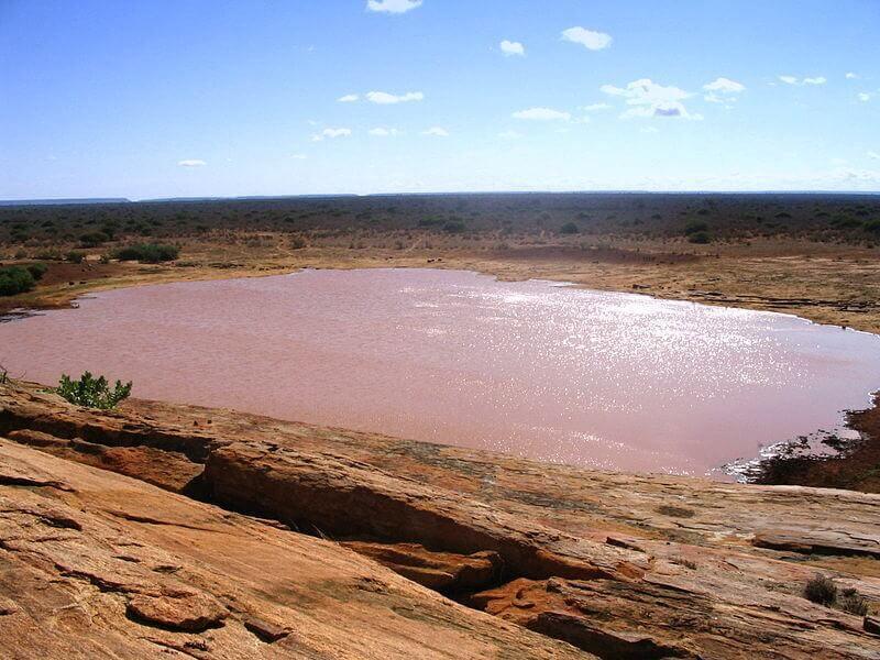 Mudanda_Rock_in_Tsavo_East_National_Park_edited