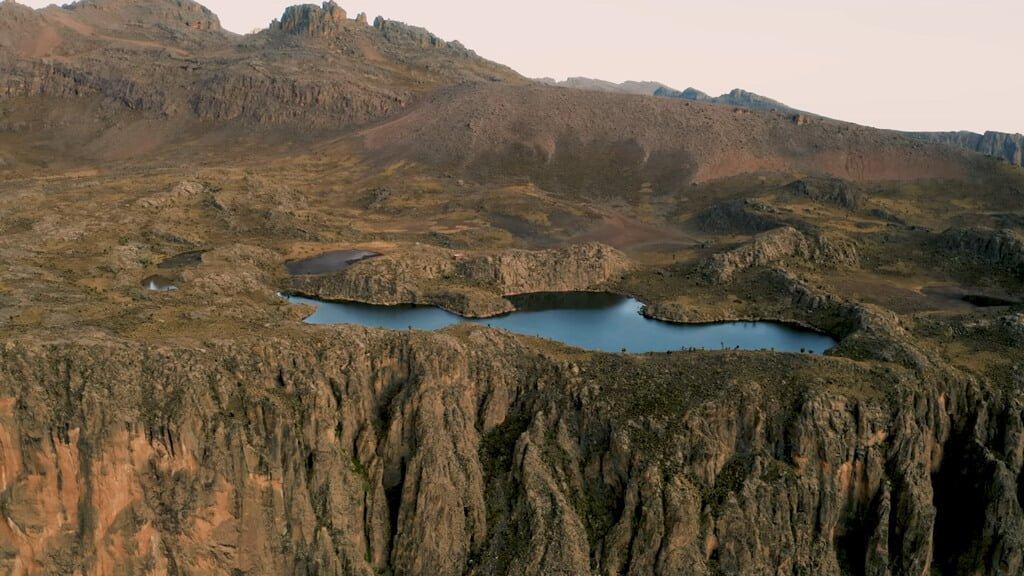 Halls Tarn – Lakes and Tarns on Mount Kenya